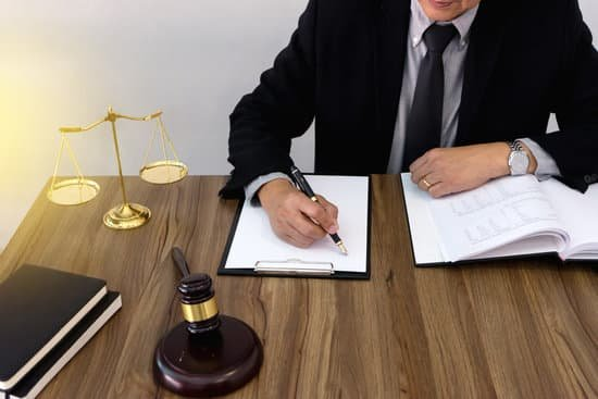 أفضل محامي سعودي بجدة